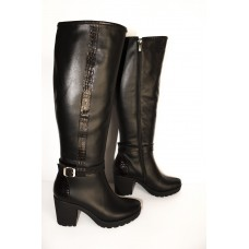 High boots made of genuine leather, from the manufacturer. Free shipping