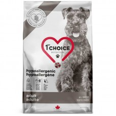 1st Choice (Fest Choys) Adult Hypoallergenic - A dry hypoallergenic feed with a duck and sweet potato for adult dogs of various breeds