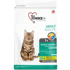 1st Choice (Fest Choys) Light is the Dry feed with chicken for the sterilized cats with an excess weight