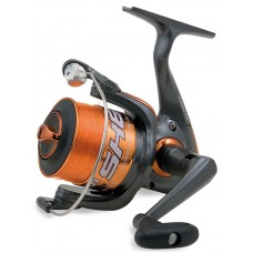 The Lineaeffe Shizuka SK6 FD 2000 coil with a fishing line (S1000620)